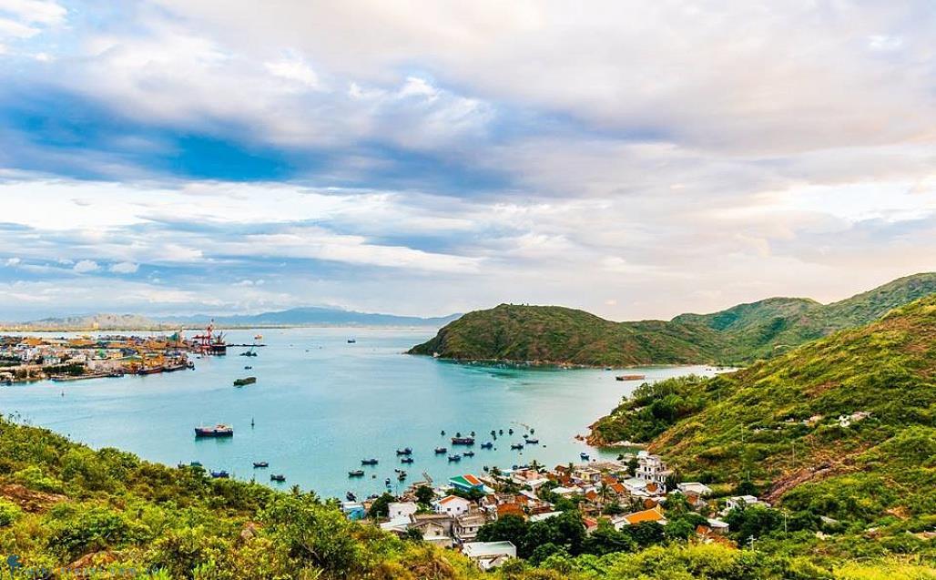 Khám phá vẻ đẹp hoang sơ quyến rũ của làng chài Hải Minh Quy Nhơn