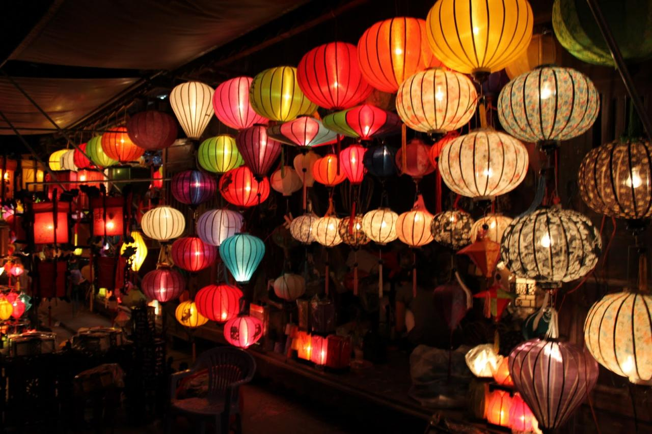 Đi Hội An mua đèn lồng lung linh về làm quà