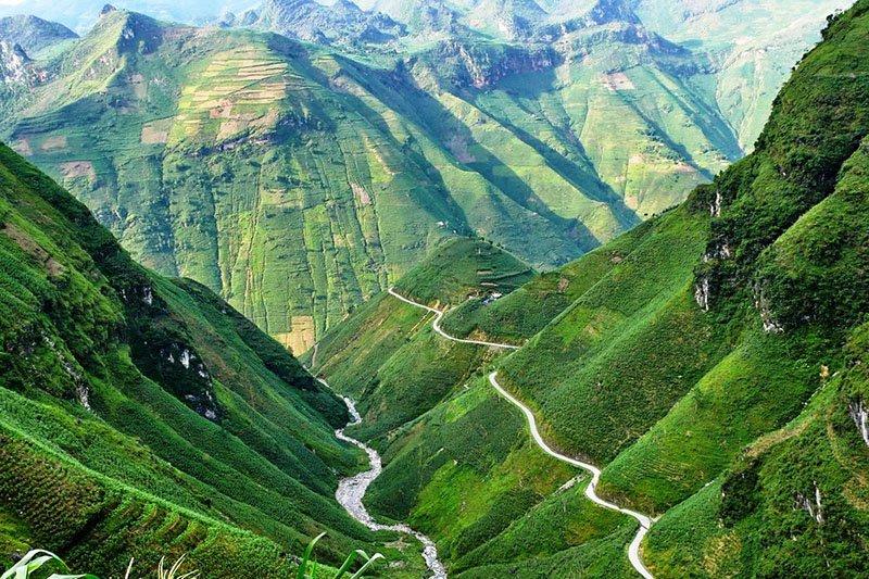 Tứ đại đỉnh đèo, huyền thoại của vùng Tây Bắc Việt Nam