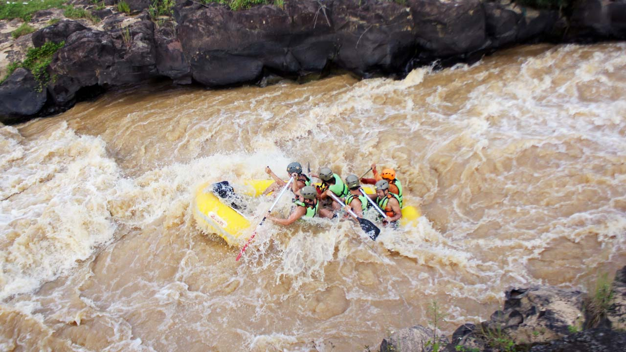 Vượt thác Datanla trên thuyền kayak. Nguồn: Internet